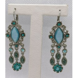 HANGING EARRINGS WITH VINTAGE LIGHT BLUE STONES