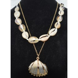 NECKLACE GOLD WITH SHELLS NICKEL FREE, CADMIUM FREE AND LEAD FREE