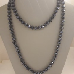 EXTRA LONG NECKLACE WITH DARK GAY CRYSTAL STONES