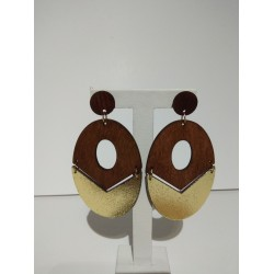 GOLD-BROWN WOODEN OVAL EARRING